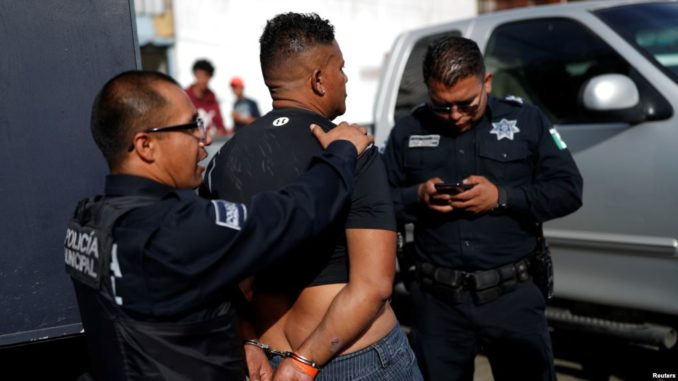 Tijuana city authorities have announced that 108 caravan migrants have been arrested in the Mexican city so far, for crimes including the possession of drugs, public intoxication, disturbance, robbery, assault, and insulting authorities.