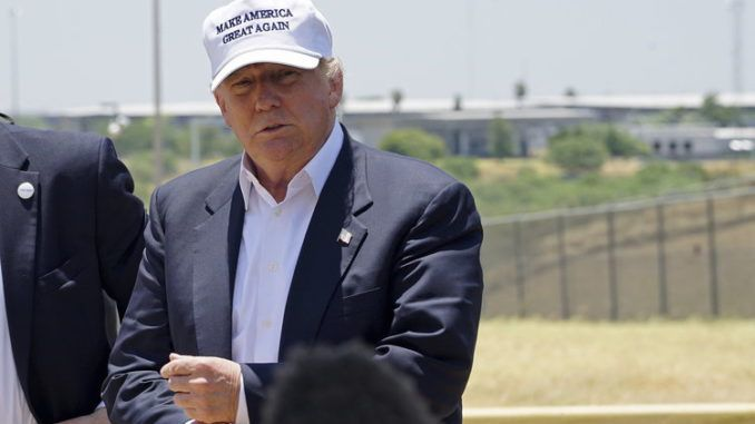 Trump awards contract to start building border wall in Texas