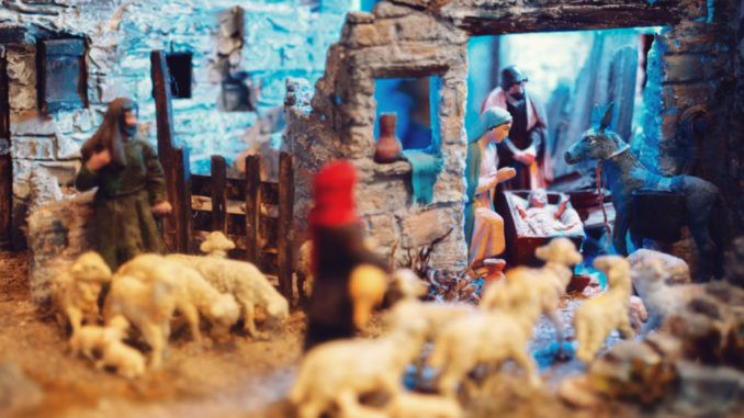 Liberals in UK behead Jesus in Nativity scene display