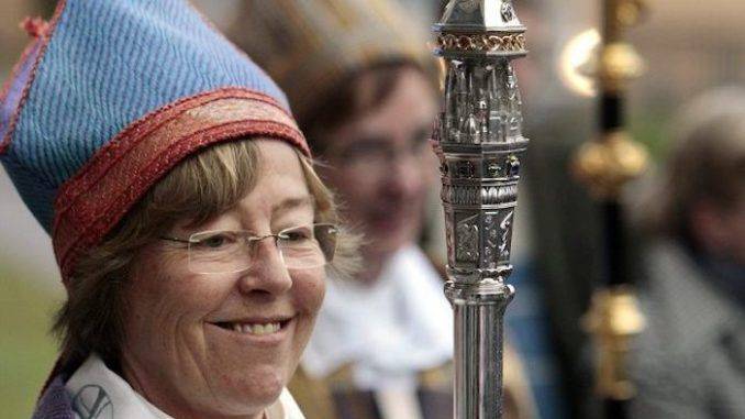 The Bishop of Stockholm has proposed a church in her diocese remove all Christian symbols including crucifixes and instead put down markings showing the direction to Mecca for the benefit of Muslim worshippers.