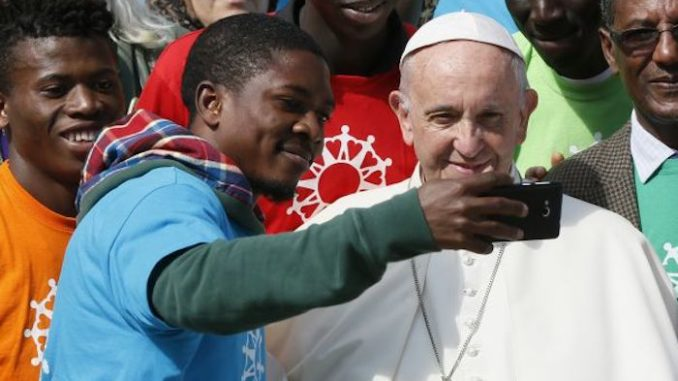 Pope Francis says immigrants' right override national security concerns