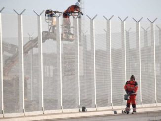 France forced to build Trump-style wall to prevent illegals from entering Britain