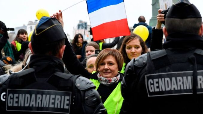 French minister orders police to shoot and kill yellow vest protestors