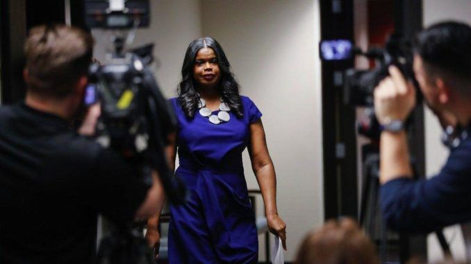 Kim Foxx failed to recuse herself from Smollett case