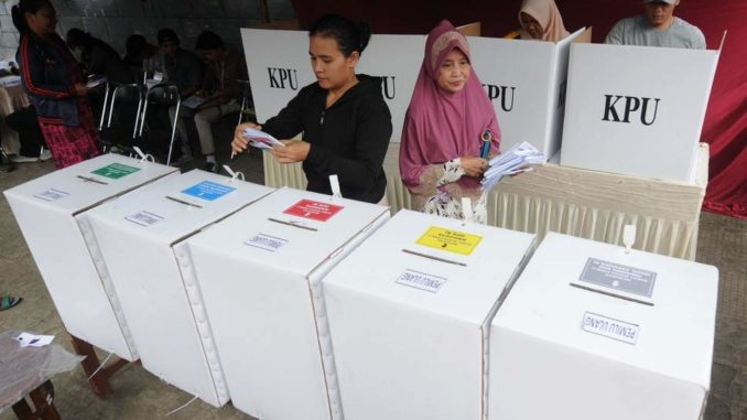 Over 270 election workers die whilst counting votes in Indonesia