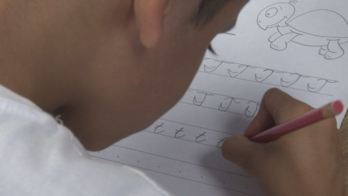 Texas now requires school kids to learn how to write in cursive