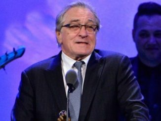 Actor Robert De Niro publicly booed by audience after calling for Trump's imprisonment