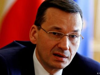 Polish PM signs global appeal to stop 5G