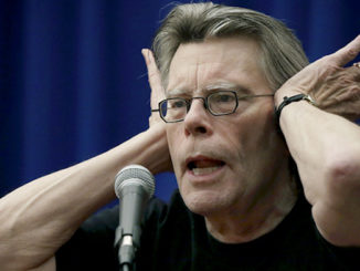 Stephen King calls President Trump a racist bag of guts