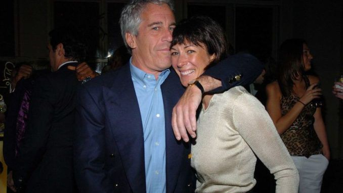 New photo appears to show Jeffrey Epstein visiting the White House