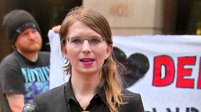 Chelsea Manning To Remain In Jail Another Year For Refusing To Testify Against Assange Manning-678x381