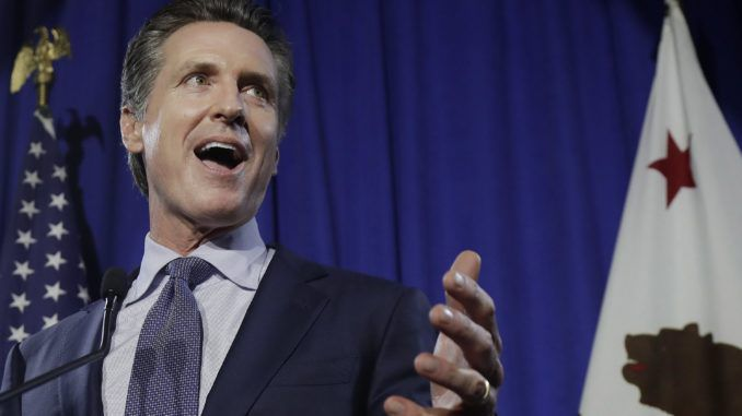 California Governor signs legislation that stops public having to help police in distress