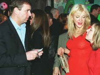 """Courtney Love says Prince Andrew came to her house at 1am """"looking for sex"""", after they were introduced by pedophile Jeffrey Epstein."""