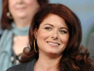 Debra Messing calls on Hollywood Trump supporters to be named and shamed publicly
