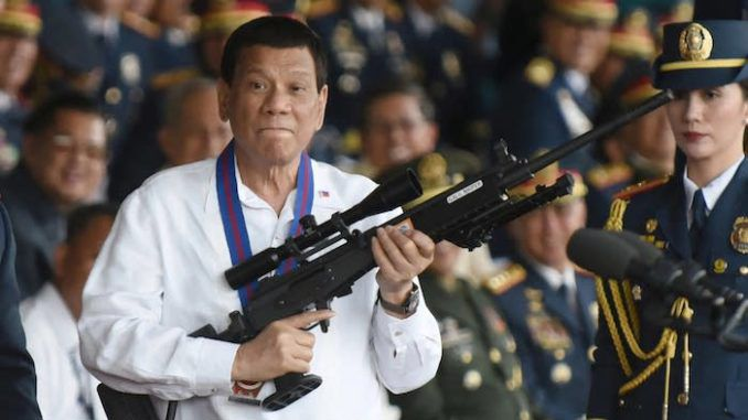 Brave President Duterte has vowed to stamp out Deep State corruption in his beloved Philippines and has told citizens that if they beat up or shoot corrupt public officials he will pardon them.