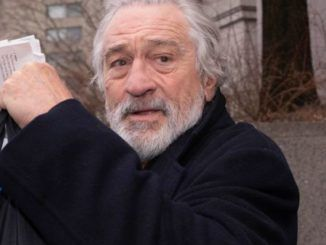 Robert De Niro says he'd like to see Trump humiliated by having a bag of shit rubbed in his face