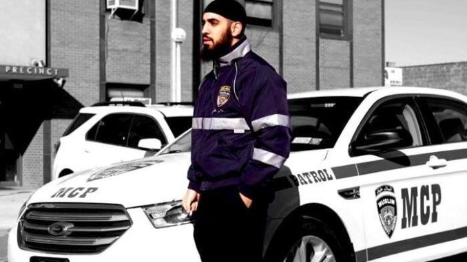 Members of the brutal Bloods street gang viciously beat a Muslim man outside the Masjid Taqwa mosque in Brooklyn, New York Saturday evening, according to a mosque member.