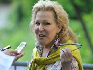 Bette Midler calls President Trump the most hated and repulsive male