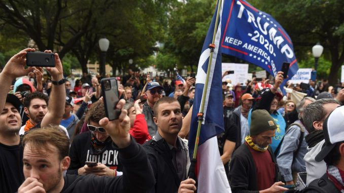 Texans rise up against unconstitutional lockdown and demand Trump fire Dr. Fauci