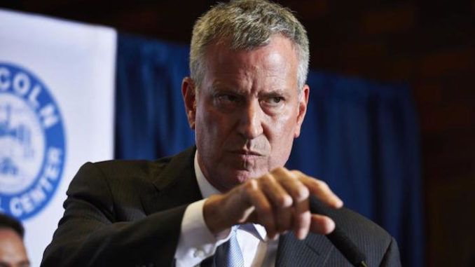 NY Mayor Bill de Blasio threatens to take swimmers out of the water for ignoring lockdown rules