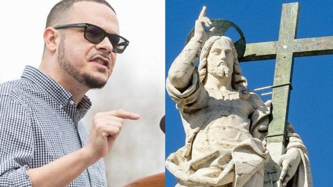 Shaun King urges protestors to tear down statues of 'white supremacist' Jesus