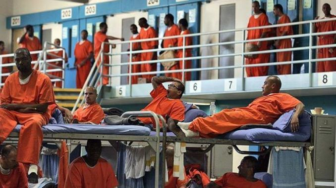 California to release 8,000 prisoners to stop the spread of Corona