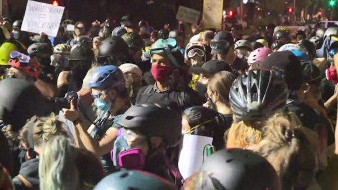 Protesters from Portland decided to invade the quiet suburbs of Springfield, Oregon last night, threatening to beat up civilians and rape their wives and daughters.