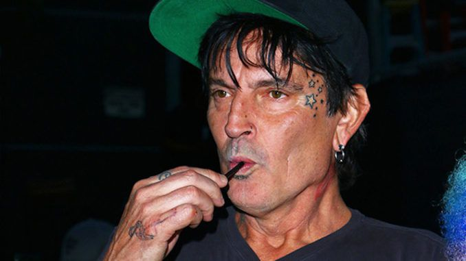 Tommy Lee promises to leave USA if President Trump wins the election this Nov