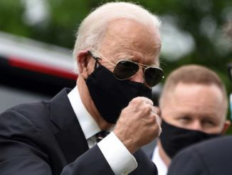 Biden orders Americans to muzzle up