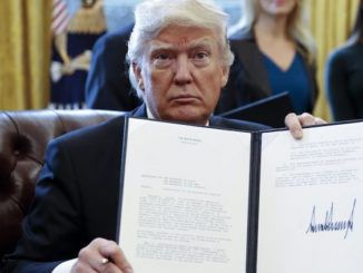 President Trump signs bill forcing CIA and FBI to reveal the truth about UFOs within 6 months