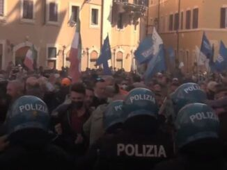 Thousands of business owners rise up against lockdowns in Italy