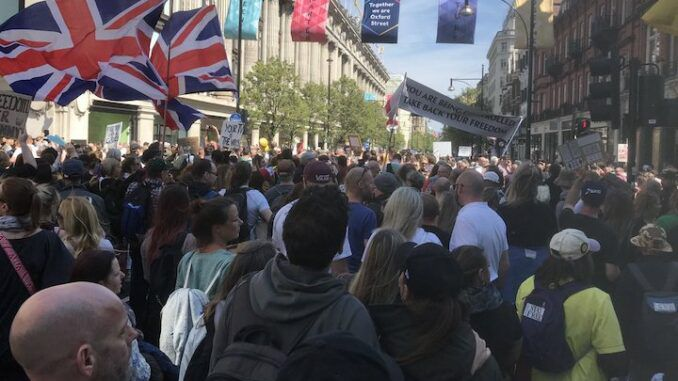 Thousands of anti-lockdown protestors rise-up against government in UK amid media blackout