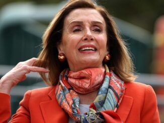 Unvaxxed residents banned from drinking in bars in Pelosi's San Fransisco