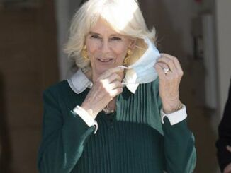 Camilla says she can't wait to ditch the mask