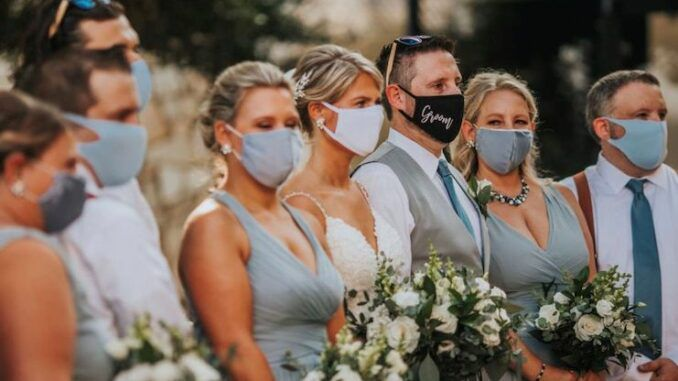 6 vaccinated people get infected at outdoor wedding