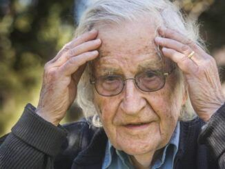 Noam Chomsky calls for starving unvaccinated into submission